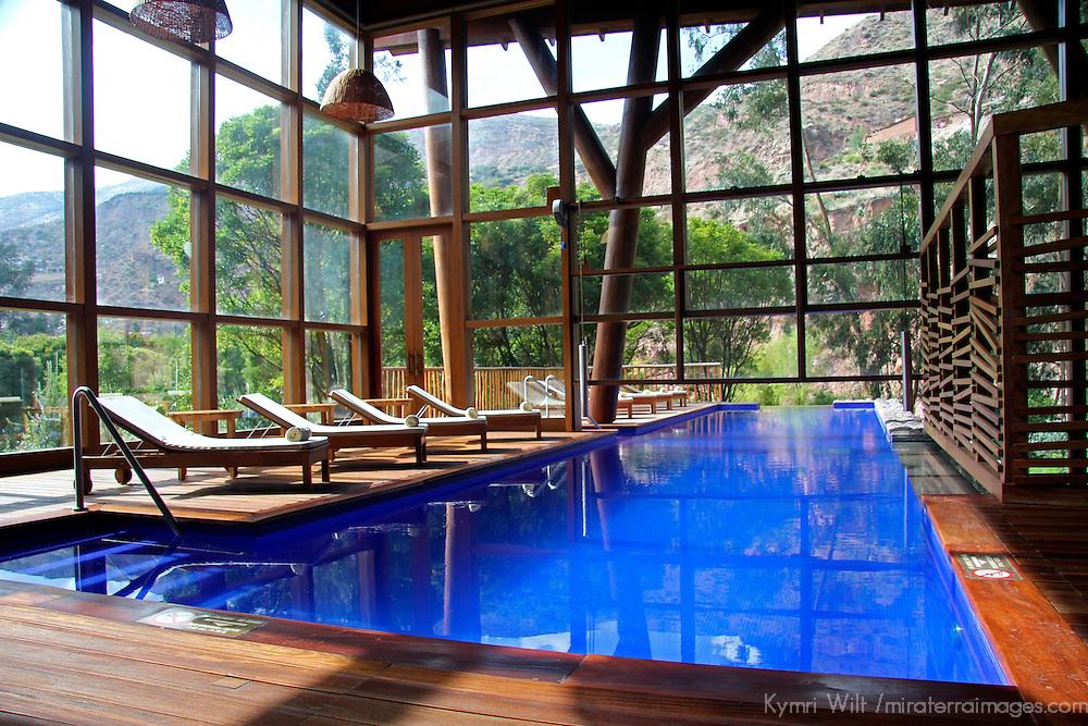 South America, Peru, Urubamba. Pool at Tambo del Inka Resort & Spa in the Sacred Valley.