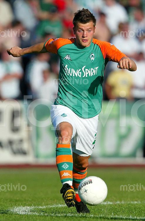 Fussball  1. Bundesliga Saison 2003/2004 Holger WEHLAGE, Einzelaktion SV Werder Bremen