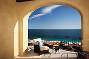 A beautiful two bed room copndo, at the cabo mexican pacific. The best ocean view that money can buy with stunning sunrises, and a great whale watching point.