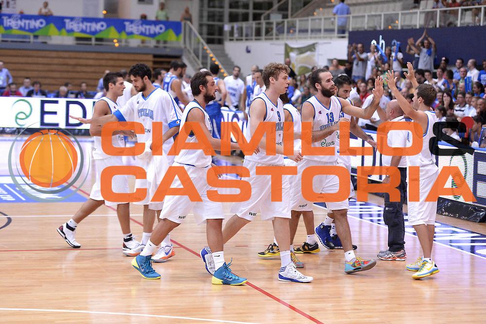 DESCRIZIONE : Trento Basket Cup 2013 Italia Israele<br /> GIOCATORE : Team Italia<br /> CATEGORIA : Delusione<br /> SQUADRA : Nazionale Italia Uomini Maschile<br /> EVENTO : Trento Basket Cup 2013 Italia Israele<br /> GARA : Italia Israele<br /> DATA : 08/08/2013<br /> SPORT : Pallacanestro<br /> AUTORE : Agenzia Ciamillo-Castoria/GiulioCiamillo<br /> Galleria : FIP Nazionali 2013<br /> Fotonotizia : Trento Basket Cup 2013 Italia Israele<br /> Predefinita :