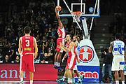 DESCRIZIONE : Campionato 2014/15 Dinamo Banco di Sardegna Sassari - Victoria Libertas Consultinvest Pesaro<br /> GIOCATORE : Wally Judge<br /> CATEGORIA : Schiacciata Controcampo<br /> SQUADRA : Victoria Libertas Consultinvest Pesaro<br /> EVENTO : LegaBasket Serie A Beko 2014/2015<br /> GARA : Dinamo Banco di Sardegna Sassari - Victoria Libertas Consultinvest Pesaro<br /> DATA : 17/11/2014<br /> SPORT : Pallacanestro <br /> AUTORE : Agenzia Ciamillo-Castoria / M.Turrini<br /> Galleria : LegaBasket Serie A Beko 2014/2015<br /> Fotonotizia : Campionato 2014/15 Dinamo Banco di Sardegna Sassari - Victoria Libertas Consultinvest Pesaro<br /> Predefinita :