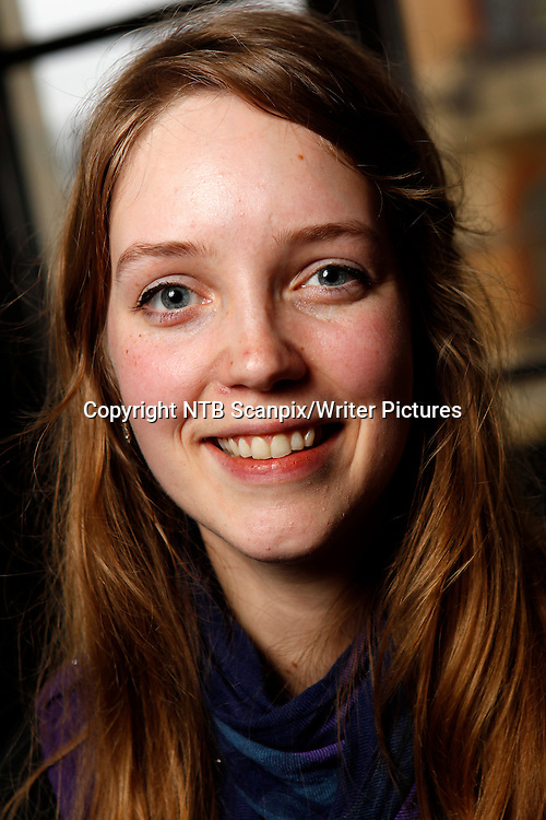 Oslo 20111101. Forfatter Sunniva Relling Berg ble tirsdag nominert til Brageprisen 2011.<br /> Foto: Erlend Aas / Scanpix<br /> <br /> NTB Scanpix/Writer Pictures<br /> <br /> WORLD RIGHTS, DIRECT SALES ONLY, NO AGENCY