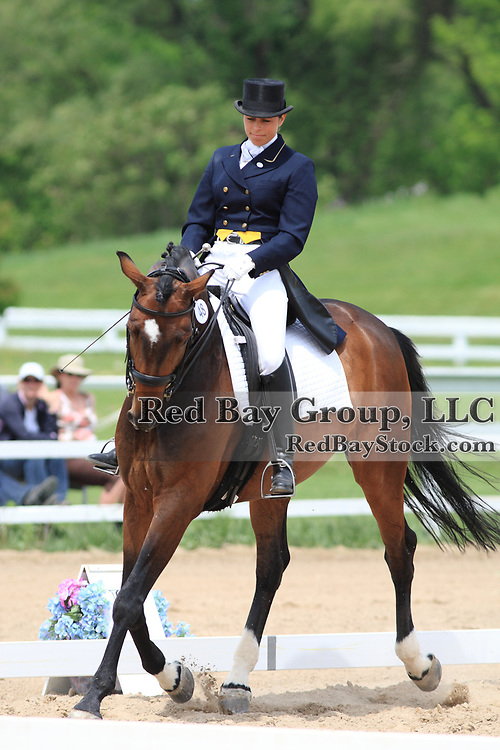 Mary Ambrose and Da Vinci at the 2010 Equivents Spring Classic in Milton, Ontario.