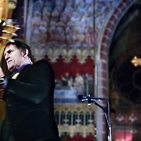 Nederland, Amsterdam , 29 december 2009.. Huub van der Lubbe tijdens zijn optreden op het Eindejaarsrequiem 2009 in de Dominicuskerk..Foto:Jean-Pierre Jans