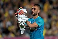 GOSFORD, AUSTRALIA - OCTOBER 02: Central Coast Mariners goalkeeper Mark Birighitti (1) claps the crowd during the FFA Cup Semi-final football match between Central Coast Mariners and Adelaide United on October 02, 2019 at Central Coast Stadium in Gosford, Australia. (Photo by Speed Media/Icon Sportswire)