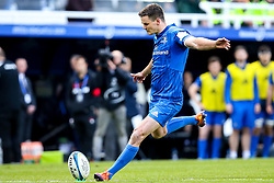 Johnny Sexton of Leinster Rugby kicks a conversion - Mandatory by-line: Robbie Stephenson/JMP - 11/05/2019 - RUGBY - St James' Park - Newcastle, England - Leinster Rugby v Saracens - Heineken Champions Cup Final