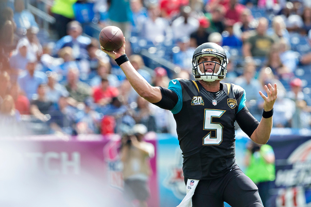 NASHVILLE, TN - OCTOBER 12:  Blake Bortles #5 of the Jacksonville Jaguars throws a pass against the Tennessee Titans at LP Field on October 12, 2014 in Nashville, Tennessee.  The Titans defeated the Jaguars 16-14.  (Photo by Wesley Hitt/Getty Images) *** Local Caption *** Blake Bortles