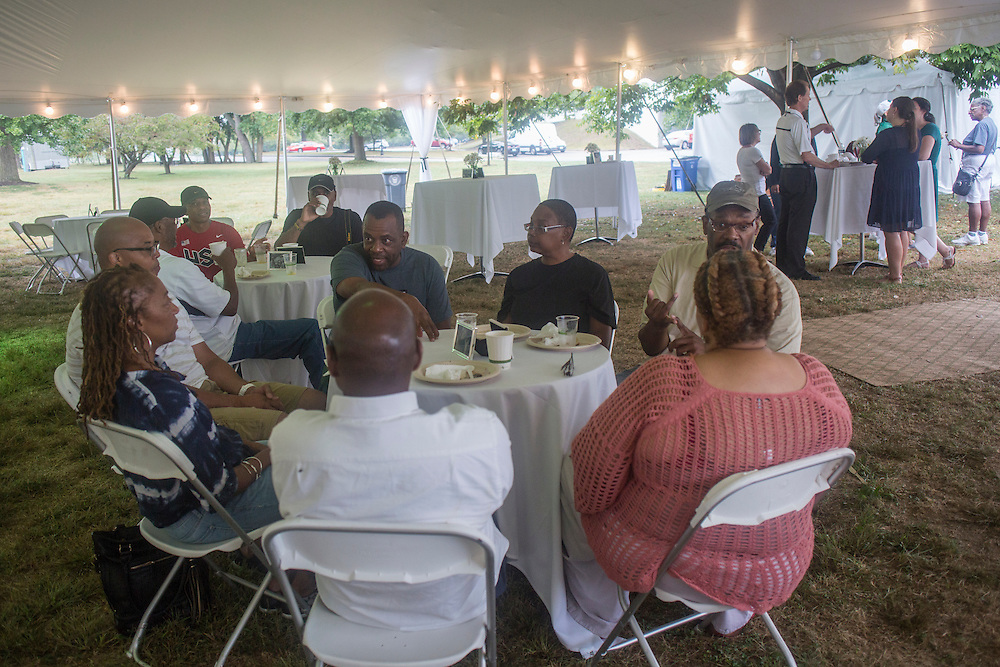 The Black Alumni Reunion send-off event gave alumni the chance to grab breakfast and talk to other alumni before going back home on Sept. 18, 2016.