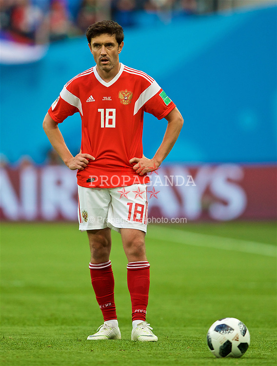 SAINT PETERSBURG, RUSSIA - Tuesday, June 19, 2018: Russia's Yury Zhirkov during the FIFA World Cup Russia 2018 Group A match between Russia and Egypt at the Saint Petersburg Stadium. (Pic by David Rawcliffe/Propaganda)