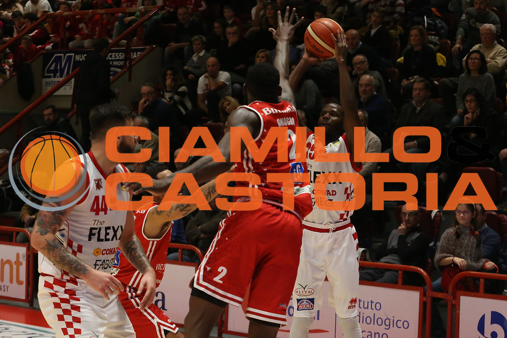 Moore Ronald<br /> The Flexx Pistoia - VL Pesaro<br /> Lega Basket Serie A 2017/2018<br /> Pistoia, 09/12/2017<br /> Foto Ciamillo - Castoria