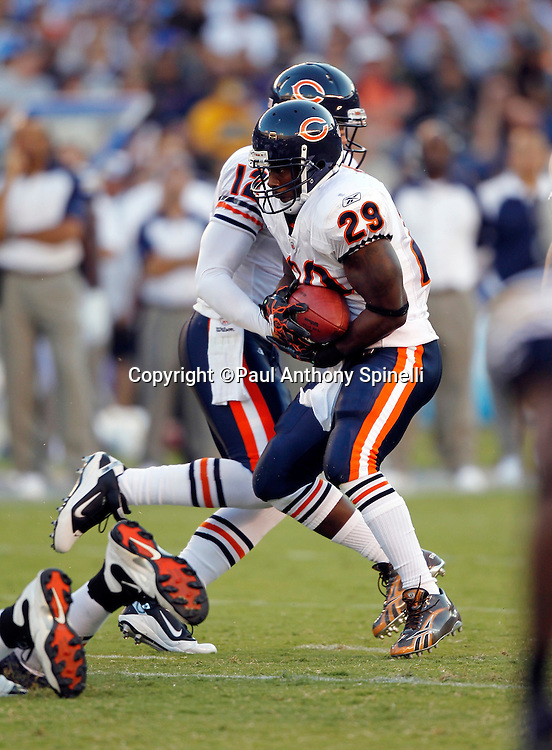Chicago Bears running back Chester Taylor (29) runs the ball during a NFL week 1 preseason football game against the San Diego Chargers, Saturday, August 14, 2010 in San Diego, California. The Chargers won the game 25-10. (©Paul Anthony Spinelli)
