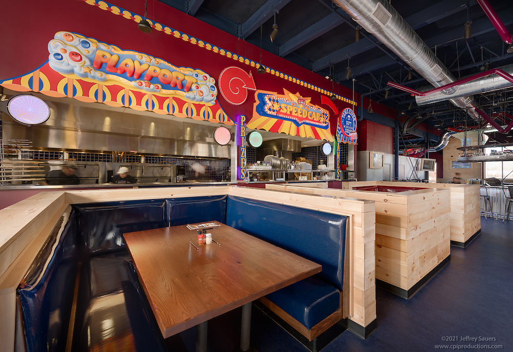 Architectural interior image of Tom's River New Jersey Mellow Mushroom Restaurant by Jeffrey Sauers of Commercial Photographics, Architectural Photo Artistry in Washington DC, Virginia to Florida and PA to New England