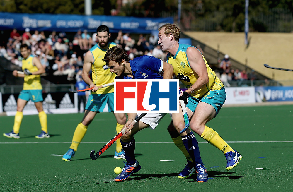 JOHANNESBURG, SOUTH AFRICA - JULY 11: Jean-Baptiste Forgues of France Aran Zalewski of Australia battle for possession during day 2 of the FIH Hockey World League Semi Finals Pool A match between Australia and France at Wits University on July 11, 2017 in Johannesburg, South Africa. (Photo by Jan Kruger/Getty Images for FIH)