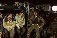 At a military post, on the Salang route, where we remained blocked for several days    Afghanistan / Dans un poste militaire , sur la route du Salang ou nous sommes restés bloqués plusieurs jours    Afghanistan   / R20/39    L0007421  /  R00020  /  P0002516