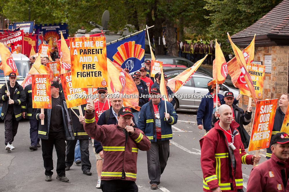South Yorkshire FBU March & Rally Barnsley...© Martin Jenkinson, tel 0114 258 6808 mobile 07831 189363 email martin@pressphotos.co.uk. Copyright Designs & Patents Act 1988, moral rights asserted credit required. No part of this photo to be stored, reproduced, manipulated or transmitted to third parties by any means without prior written permission