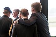 Koning Willem-Alexander opent de tentoonstelling Willem in het Nationaal Militair Museum in Soesterberg.<br /> <br /> King Willem-Alexander opens the exhibition Willem in the National Military Museum in Soesterberg.<br /> <br /> Op de foto/ On the photo:  Jaime de Bourbon de Parme en Koning Willem Alexander