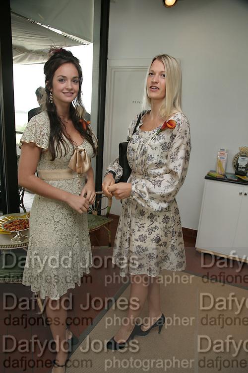 Calypso Lawrence and Lady Alexandra Gordon Lennox. Glorious Goodwood. 2 August 2007.  -DO NOT ARCHIVE-© Copyright Photograph by Dafydd Jones. 248 Clapham Rd. London SW9 0PZ. Tel 0207 820 0771. www.dafjones.com.