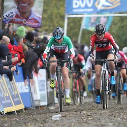 01-11-2019: Wielrennen: DVV trofee Veldrijden: Koppenberg: Eva Lechner: Yara Kastelijn
