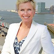 NLD/Rotterdam/20110418 - CD presentatie Toen Was Geluk Heel Gewoon van Sjoerd Pleijsier, Anita Witzier