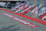 DESCRIZIONE : Milano Lega A 2015-16 Finale Play Off Gara 1 Olimpia EA7 Emporio Armani Milano Umana Reyer Venezia<br /> GIOCATORE : Pubblico<br /> CATEGORIA : Tifosi Curiosita<br /> SQUADRA : Olimpia EA7 Emporio Armani Milano<br /> EVENTO : Campionato Lega A 2015-2016 Finale play off Gara 1<br /> GARA : Olimpia EA7 Emporio Armani Milano Umana Reyer Venezia <br /> DATA : 03/06/2016 <br /> SPORT : Pallacanestro <br /> AUTORE : Agenzia Ciamillo-Castoria/I.Mancini Galleria : Lega Basket A 2015-2016 <br /> Fotonotizia : Milano Lega A 2015-16 Finale Play Off Gara 1 Olimpia EA7 Emporio Armani Milano Umana Reyer Venezia