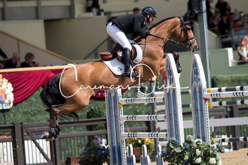 Lamaze Eric, CAN, Fine Lady 5<br /> Rolex Grand Prix Jumping<br /> Royal Windsor Horse Show<br /> &copy; Hippo Foto - Jon Stroud