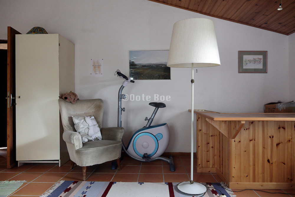 room with exercise bike