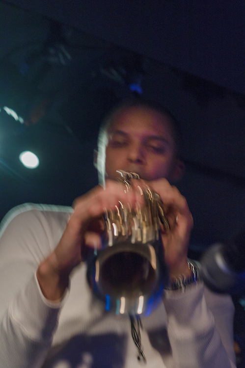 "Michale Robets  on Sax  with other musicians  at a typiacal smal Tokyo   Jazz club ""Absolute Blue"" ."
