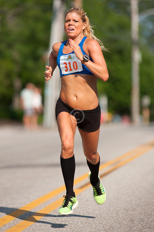 Clam Fest 5m road race; Erica Jesseman wins