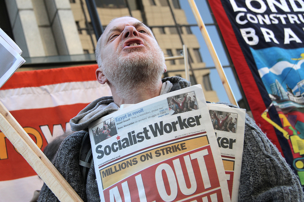©UK News Pictures. Scenes during the public sector pensions demonstration in London on 30 November 2012. Photo credit should read Brian Lloyd Duckett/UK News Pictures