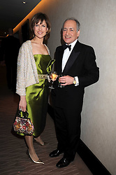 KATIE DERHAM and ALASTAIR STEWART at the 2008 Costa Book Awards held at the Intercontinental Hotel, Hamilton Place, London on 27th January 2009.