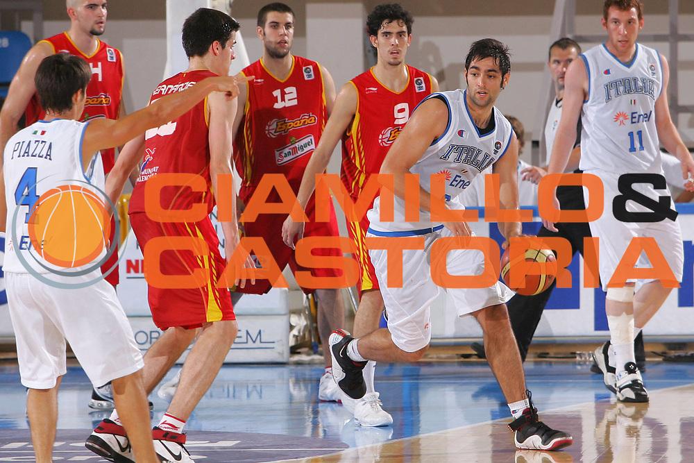 DESCRIZIONE : Gorizia U20 European Championship Men Qualifying Round Italy Spain <br /> GIOCATORE : Bruttini <br /> SQUADRA : Italy <br /> EVENTO : Gorizia U20 European Championship Men Qualifying Round Italy Spain Campionato Europeo Maschile Under 20 Qualificazioni Italia Spagna <br /> GARA : Italy Spain <br /> DATA : 12/07/2007 <br /> CATEGORIA : Palleggio <br /> SPORT : Pallacanestro <br /> AUTORE : Agenzia Ciamillo-Castoria/S.Silvestri <br /> Galleria : Europeo Under 20 <br /> Fotonotizia : Gorizia U20 European Championship Men Qualifying Round Italy Spain <br /> Predefinita :