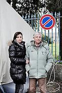 BATTIPAGLIA. CARMINE E ANTONIA PADRE E FIGLIA LAVORATORI PRECARI ALCATEL LUCENT