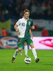 OSIJEK, CROATIA - Tuesday, October 16, 2012: Wales' Andy King in action against Croatia during the Brazil 2014 FIFA World Cup Qualifying Group A match at the Stadion Gradski Vrt. (Pic by David Rawcliffe/Propaganda)