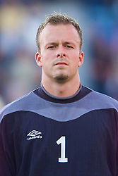 OSLO, NORWAY - Wednesday, September 5, 2001: Norway's goalkeeper Thomas Myhre during the FIFA World Cup 2002 Qualifying Group 5 match against Wales at the Ullevaal Stadion. (Pic by David Rawcliffe/Propaganda)