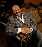 11/29/10 4:12:05 -- Atlanta , GA, U.S.A<br />  -- Radio talk show host and author Steve Harvey <br /> <br /> Photo by Michael  A. Schwarz, USA TODAY contract photographer