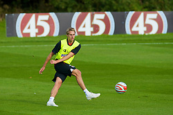 CARDIFF, WALES - Sunday, September 6, 2009: Wales' David Edwards training at the Vale of Glamorgan Hotel ahead of the FIFA World Cup Qualifying Group 3 match against Russia. (Pic by David Rawcliffe/Propaganda)
