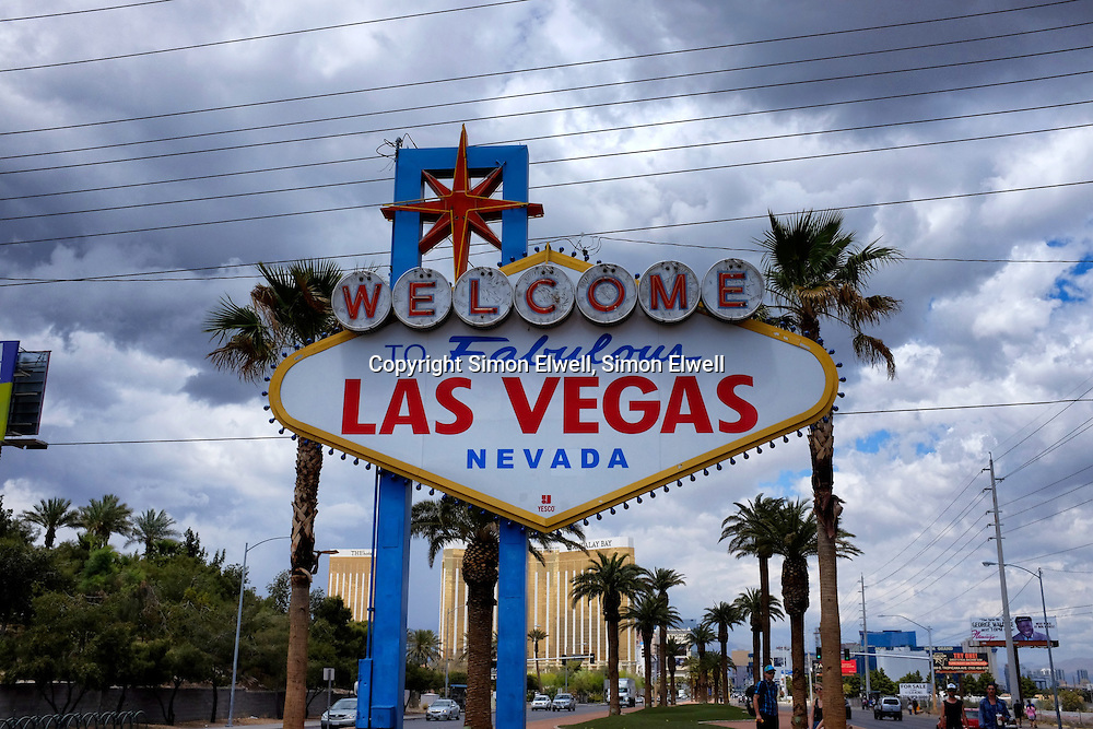 "The famous ""welcome to Las Vegas"" sign"