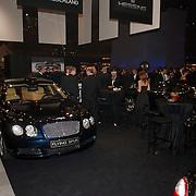 NLD/Amsterdam/20051208 - Miljonairfair 2005, autoverkoop, duurdere merken, stand Hessing