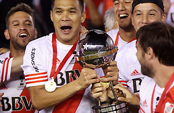 10.12.2014, River Plate Stadium, Buenos Aires, ARG, Südamerika Cup 2014, River Plate vs Atletico Nacional de Medellin, im Bild River Plate players with Teofilo Guti?rrez (center) from argentinian?s football team, celebrates its tryumph // during the 2nd final match of Southamerican Cup between River Plate vs Atletico Nacional and Medellin at the River Plate Stadium in Buenos Aires, Argentina on 2014/12/10. EXPA Pictures © 2014, PhotoCredit: EXPA/ Eibner-Pressefoto/ Cezaro<br /> <br /> *****ATTENTION - OUT of GER*****