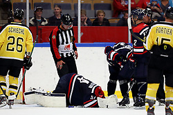 19.08.2012, Cloetta Center, Linkoeping, SWE, European Trophy, Linkoepings HC vs Vienna Capitals, im Bild, Linköping nr 54 malvakt Andreas Andersson skadad, // during the European Trophy Icehockey match betweeen Linkoepings HC and Vienna Capitals at the Cloetta Center, Linkoping, Sweden on 2012/08/19. EXPA Pictures © 2012, PhotoCredit: EXPA/ PicAgency Skycam/ Peter Holgersson..***** ATTENTION - OUT OF SWE *****