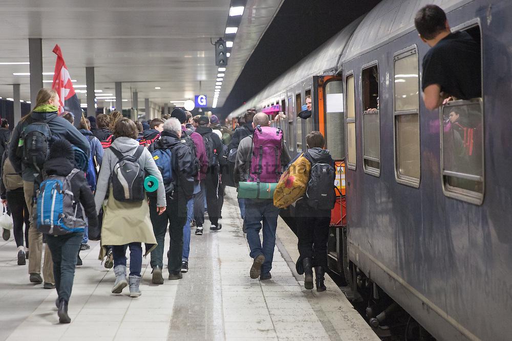 Berlin - Frankfurt, Germany - 17-18.03.2015<br /> <br /> Special train from Berlin to the anticapitalist Blockupy protests at the opening of the new building of the European Central Bank in Frankfurt .<br /> <br /> Sonderzug aus Berlin zu den antikapitalistischen Blockupy Proteste anl&auml;sslich der Er&ouml;ffnung des Neubaus der Europ&auml;ischen Zentral Bank in Frankfurt am Main.<br /> <br /> Photo: Bjoern Kietzmann