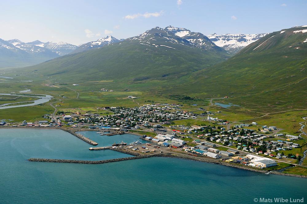 Dalvík höfnin séð til suðvesturs / Dalvik harbour viewing southwest.