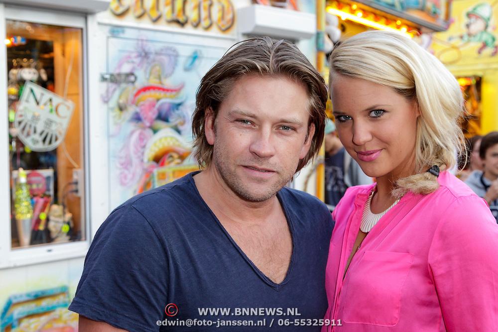 NLD/Blaricum/20120822 - Blaricumse Kermis 2012, Ferry Somoygi en partner Petra Smits