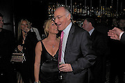 Michael  Howard and Mati White. Conservative fund raising dinner hosted  by Marco Pierre White and Franki Dettori at  Frankie's. Knightsbridge. 17 January 2004. ONE TIME USE ONLY - DO NOT ARCHIVE  © Copyright Photograph by Dafydd Jones 66 Stockwell Park Rd. London SW9 0DA Tel 020 7733 0108 www.dafjones.com