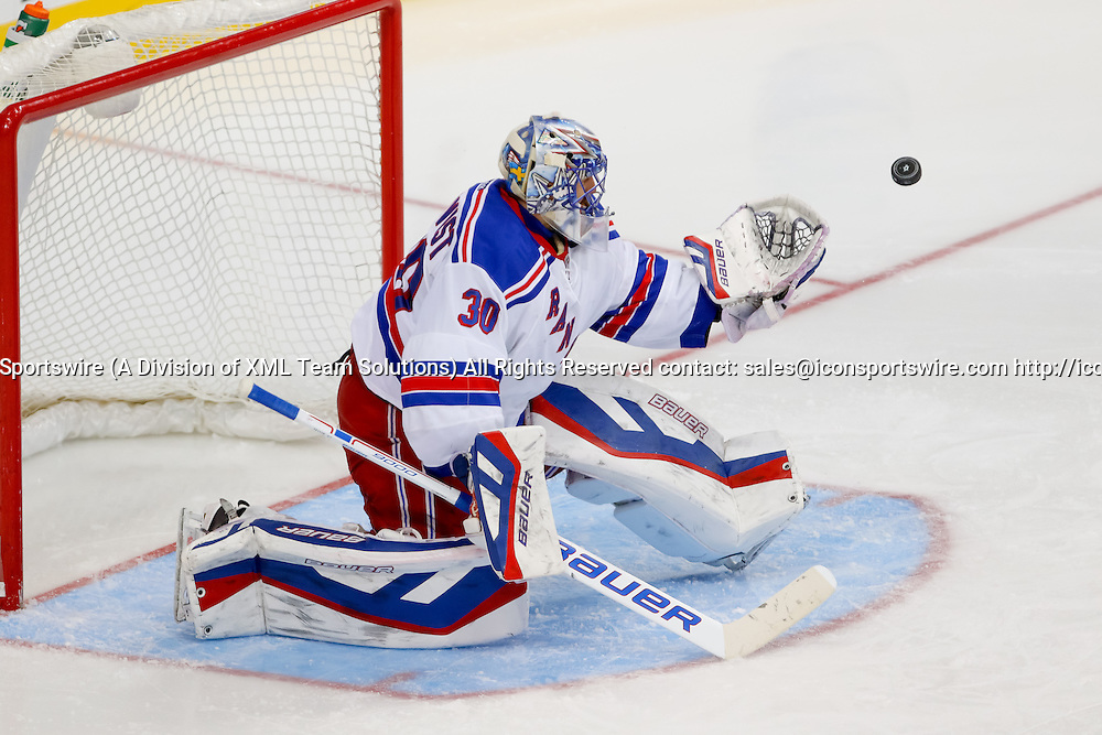 29 DEC 2014: New York Rangers Goalie Henrik Lundqvist (30) [2585] during the NHL game between the New York Rangers and the Dallas Stars at the American Airlines Center in Dallas, TX.  Dallas defeats New York 3-2.