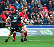 Scarlets' Rhys Patchell gets the ball away<br /> <br /> Photographer Simon King/Replay Images<br /> <br /> Guinness PRO14 Round 19 - Scarlets v Glasgow Warriors - Saturday 7th April 2018 - Parc Y Scarlets - Llanelli<br /> <br /> World Copyright &copy; Replay Images . All rights reserved. info@replayimages.co.uk - http://replayimages.co.uk