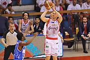 DESCRIZIONE : Reggio Emilia Lega A 2014-15 Grissin Bon Reggio Emilia - Banco di Sardegna Sassari playoff finale gara 2 <br /> GIOCATORE :Kaukenas Rimantas<br /> CATEGORIA : Tiro Tre Punti <br /> SQUADRA : GrissinBon Reggio Emilia<br /> EVENTO : LegaBasket Serie A Beko 2014/2015<br /> GARA : Grissin Bon Reggio Emilia - Banco di Sardegna Sassari playoff finale gara 2<br /> DATA : 16/06/2015 <br /> SPORT : Pallacanestro <br /> AUTORE : Agenzia Ciamillo-Castoria / A.scaroni<br /> Galleria : Lega Basket A 2014-2015 Fotonotizia : Reggio Emilia Lega A 2014-15 Grissin Bon Reggio Emilia - Banco di Sardegna Sassari playoff finale gara 2 Predefinita :