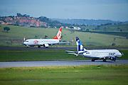 Confins_MG, Brasil...Pista do Aeroporto de Confins, Minas Gerais...The runway Confins Airport, Minas Gerais...Foto: LEO DRUMOND / NITRO