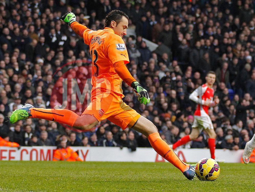 Arsenal's David Ospina - Photo mandatory by-line: Mitchell Gunn/JMP - Mobile: 07966 386802 - 07/02/2015 - SPORT - Football - London - White Hart Lane - Tottenham Hotspur v Arsenal - Barclays Premier League