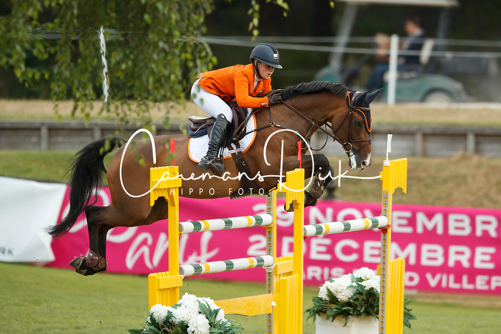 Schuttelaar Beau, NED, Caretino<br /> European Championship Children, Juniors, Young Riders - Fontainebleau 1028<br /> © Hippo Foto - Dirk Caremans<br /> Schuttelaar Beau, NED, Caretino